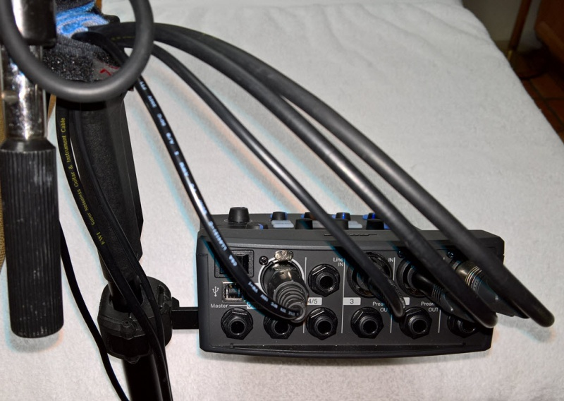 File:T1 on Mic Stand Adapter Back.jpg